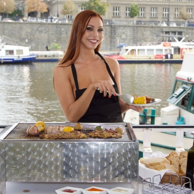 RIVER CRUISE with GRILL